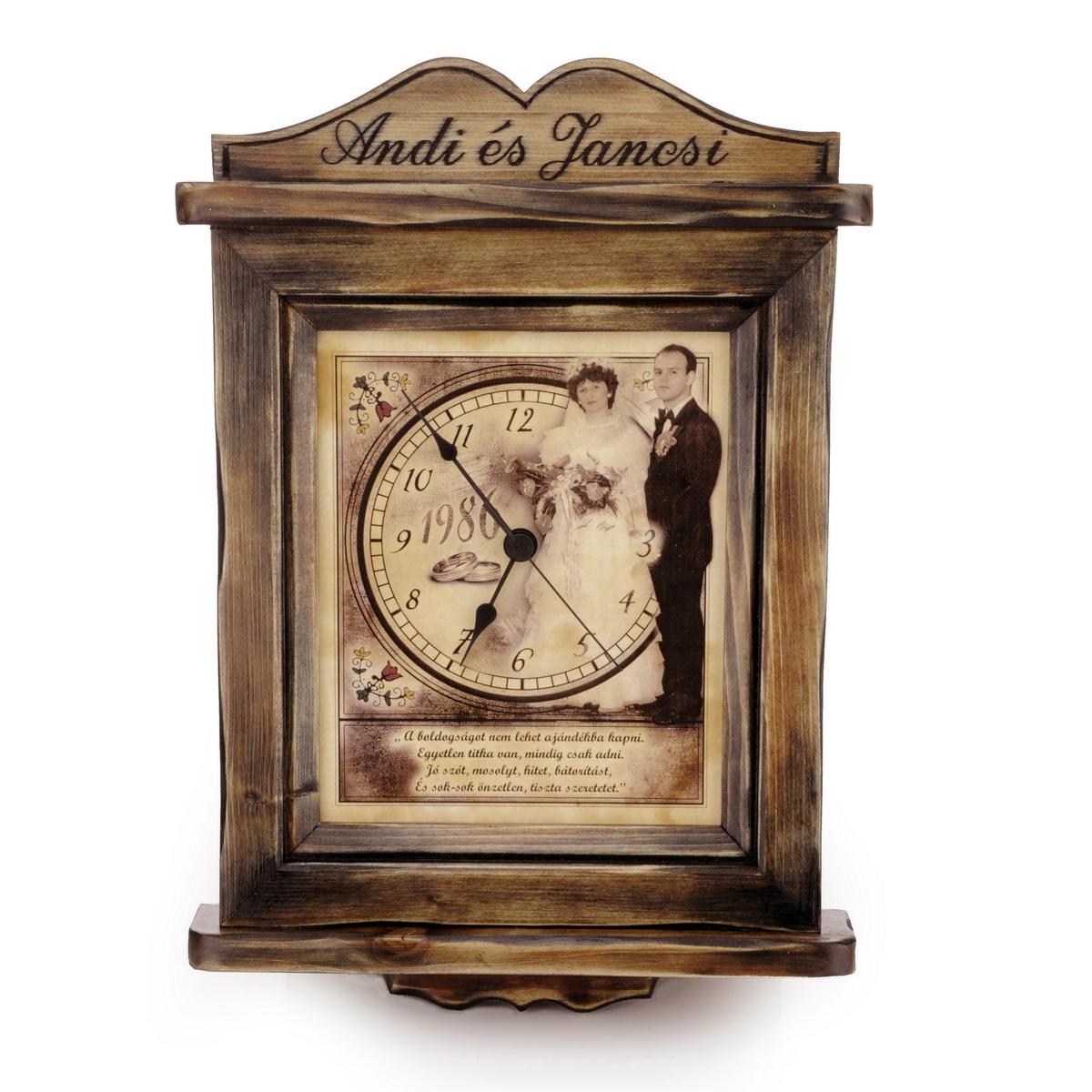 régies hangualú fényképes óra