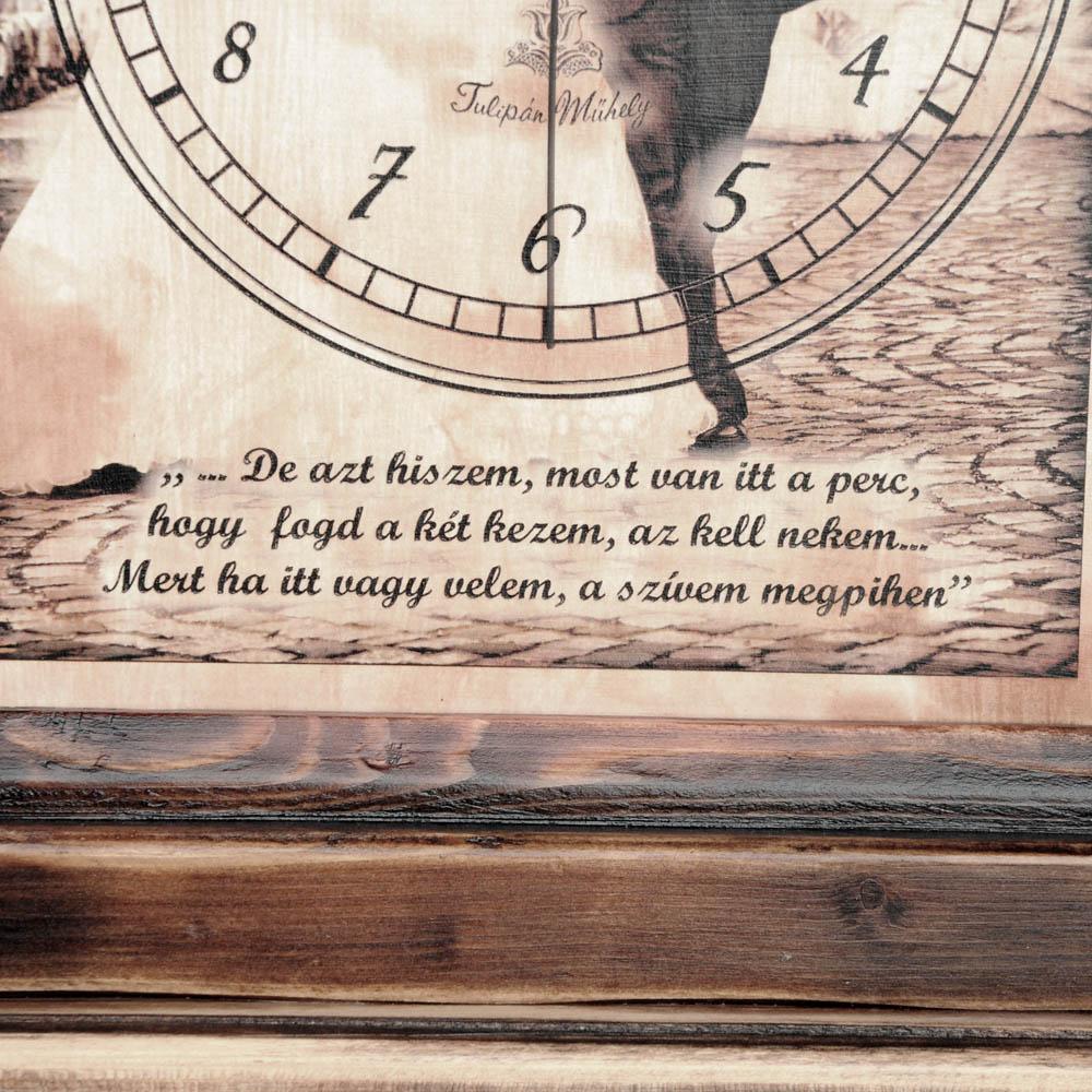 Fényképes óra idézettel