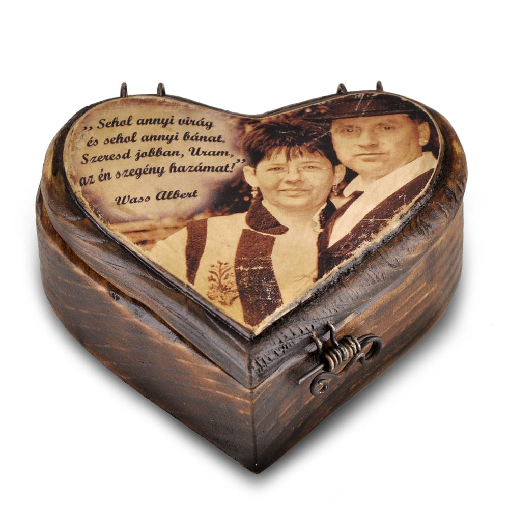 Szív alakú emlékdoboz